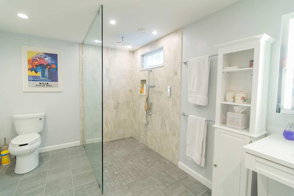 ada-enclosed-shower-remodel-harwich
