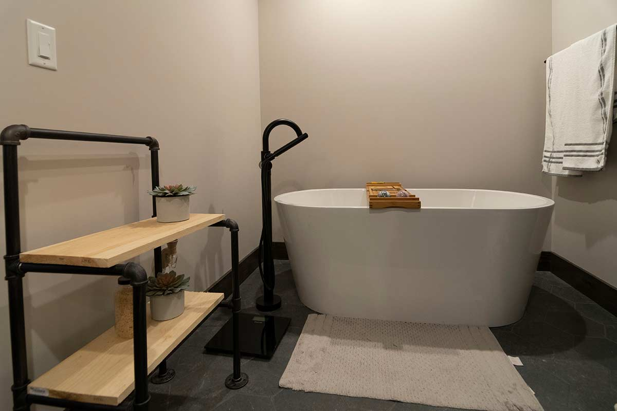 contemporary-farmhouse-freestanding-tub